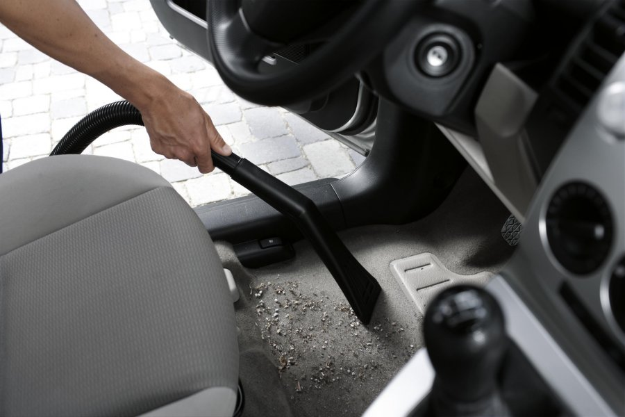 a guide to successfully detail a car See these tips to detail your car's interior quickly, simply, and like a professional  (ultimate guide)  the first time you detail the interior of your car.